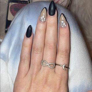 Jewelry - Infinity ring 💍